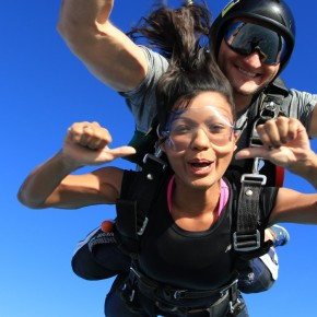 GO BIG OR GO HOME: Skydiving in Dubai!