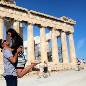 COUPLEMOON: OUR GREECEADVENTURE