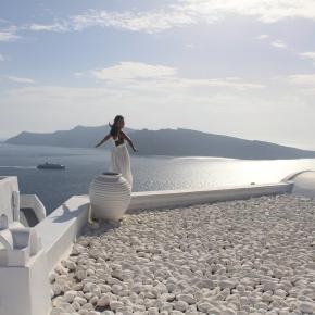 The Beautiful Santorini: OiaVillage